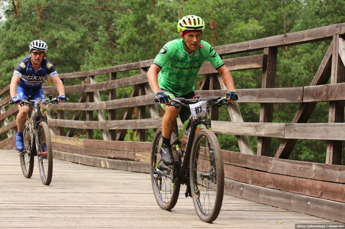 Алтайский велоспорт в этом сезоне удивил массовостью и первыми местами