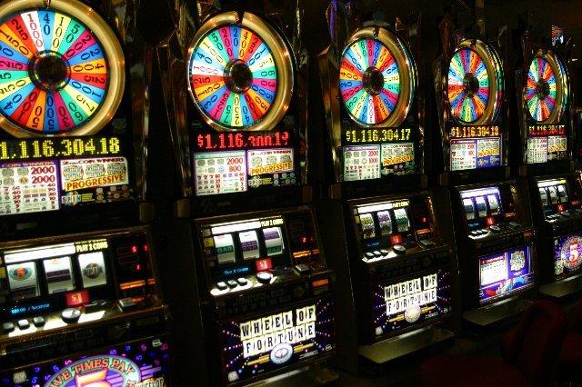 Виртуальный мир азартных увлечений в казино Вулкан Удачи