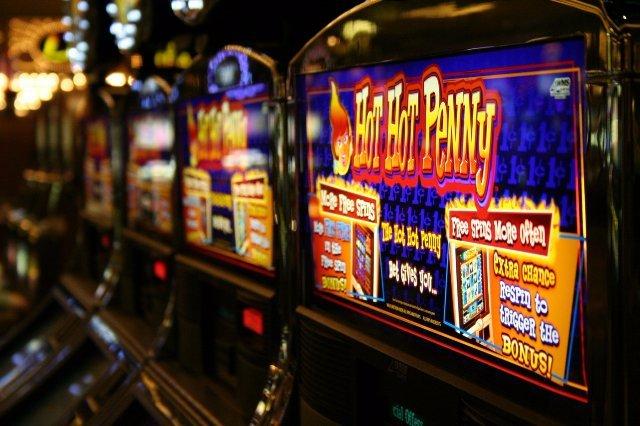 Возможно ли применять математические вычисления, пытаясь обыграть казино