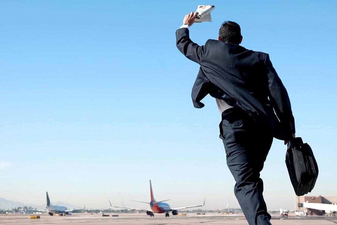 Ситуация на дорогах оказалась главным виновником опозданий туристов на самолет