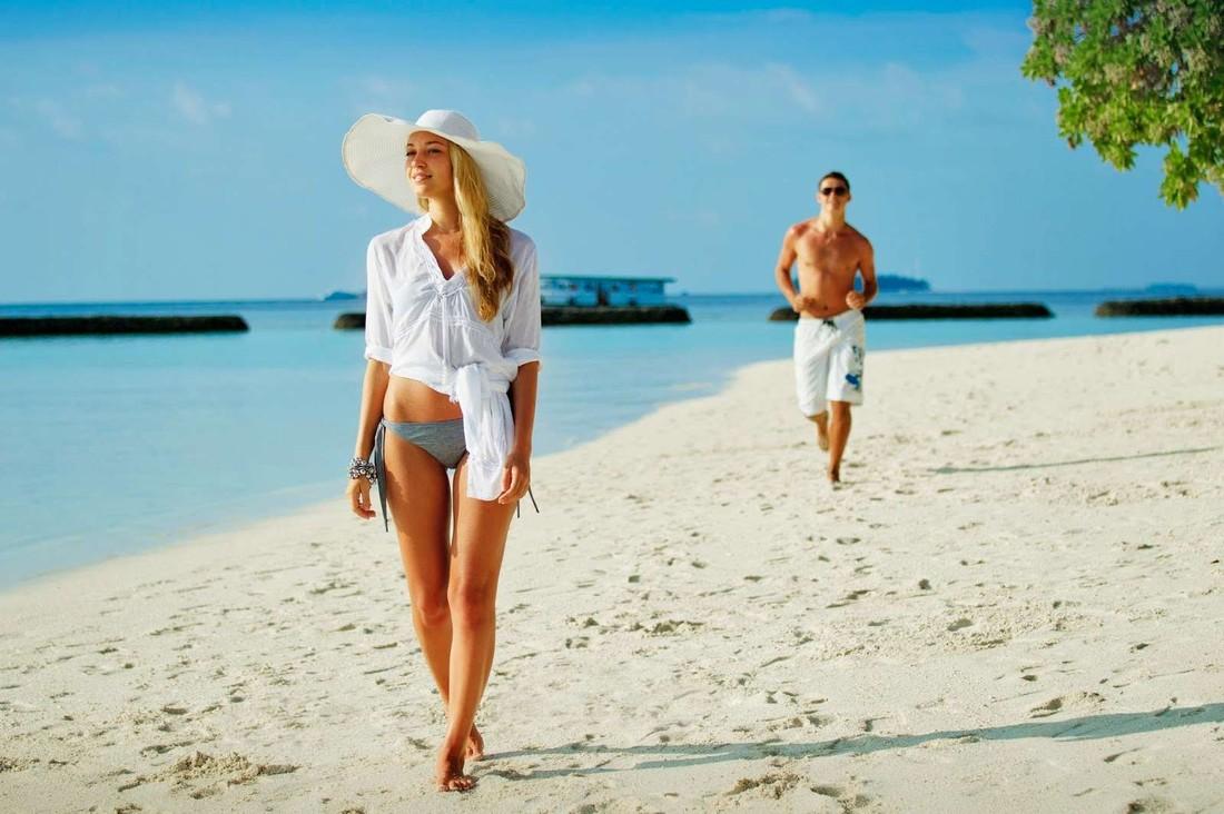 Курортный роман: туристы взвесили «за» и «против»