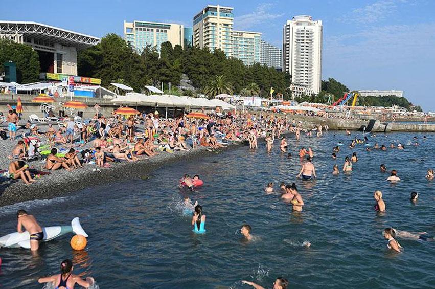 Число туристов в Сочи превышает число туристов в Турции