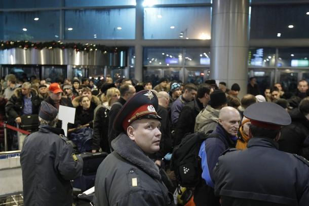 Более 100 рейсов задержаны в московских аэропортах