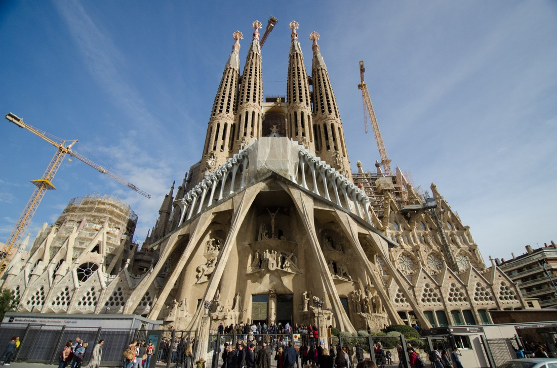 «Увидел Барселону? Молчи» - новый метод борьбы с овертуризмом