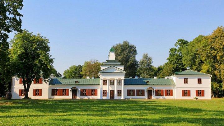 Ядерные шахты и самый красивый костел Беларуси. Зачем стоит ехать на северо-запад страны?