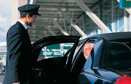 Как заказать авто с водителем в Москве