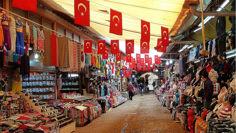 Шоппинг туристов в Турции вырос на 70%