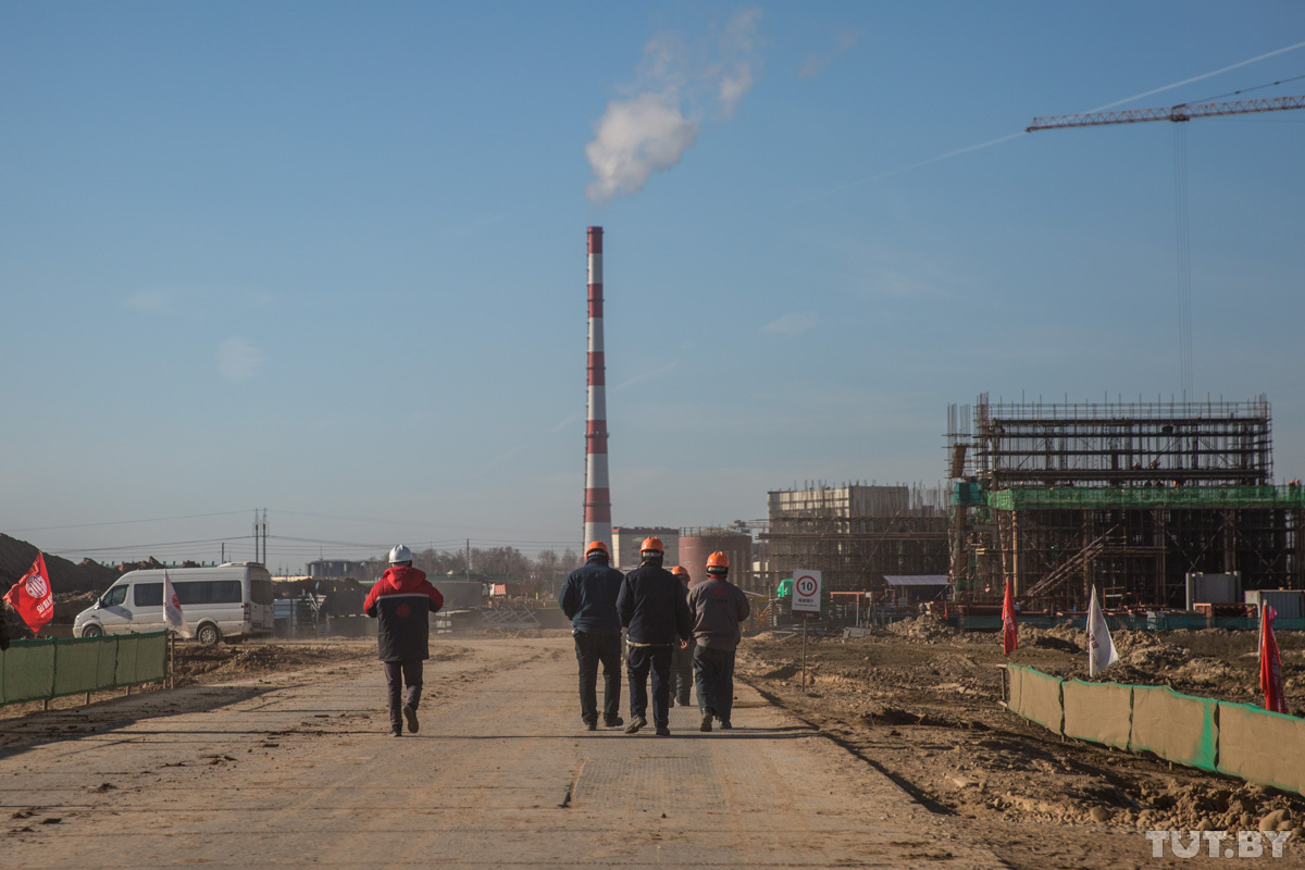 «Как с ними живется? Отлично!» Репортаж о том, как в поселках под Минском соседствуют белорусы и китайцы