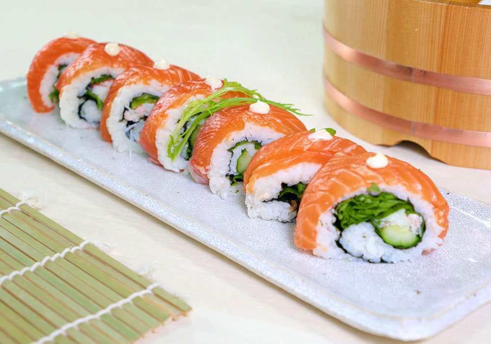 Вкусные и недорогие суши со свежей рыбой