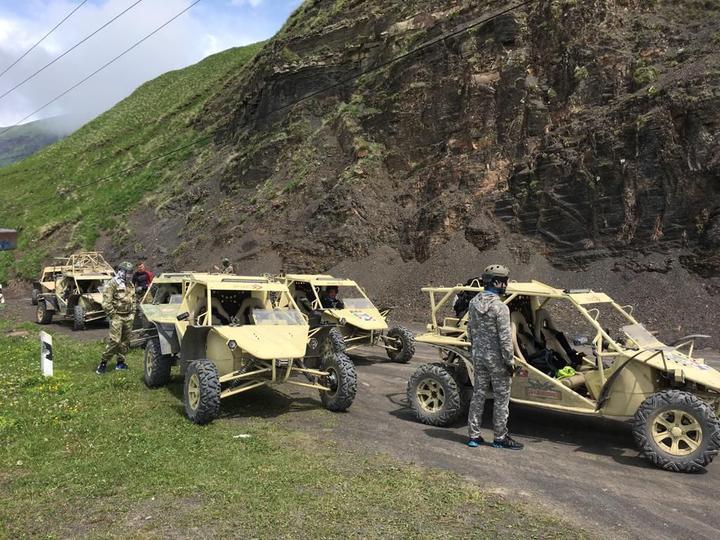 Чечня объявила «Год туризма». Туристов надеются привлечь на «милитари-туры» - игру в войну