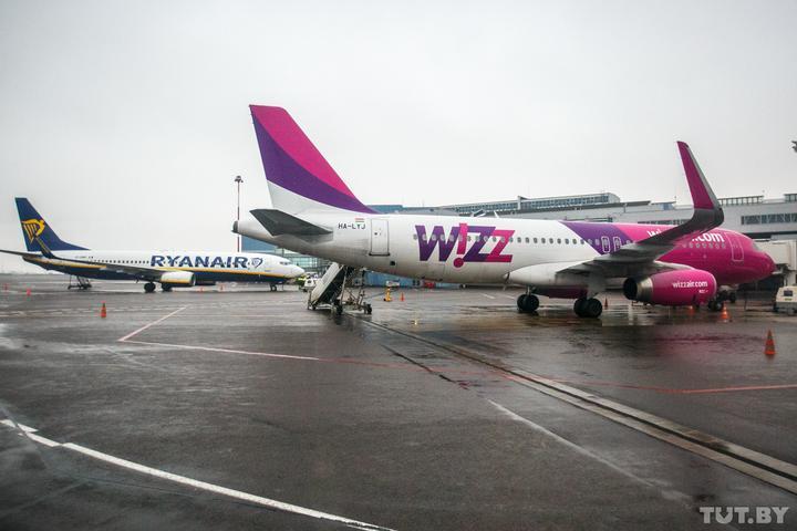 Wizz Air отменяет рейсы в Италию, итальянская железная дорога возвращает деньги за билеты
