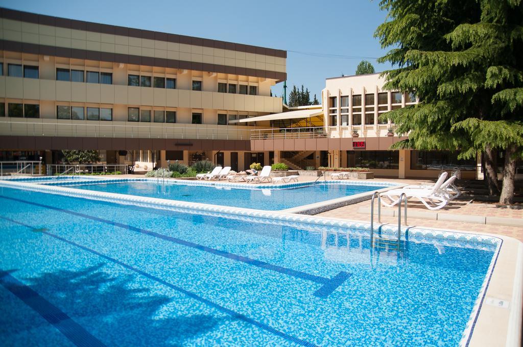 Лучший семейный отель в Алуште для вашего отдыха