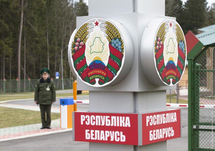 В Минспорта и туризма рассказали, кто будет отвечать за доставку домой белорусских туристов с Украины