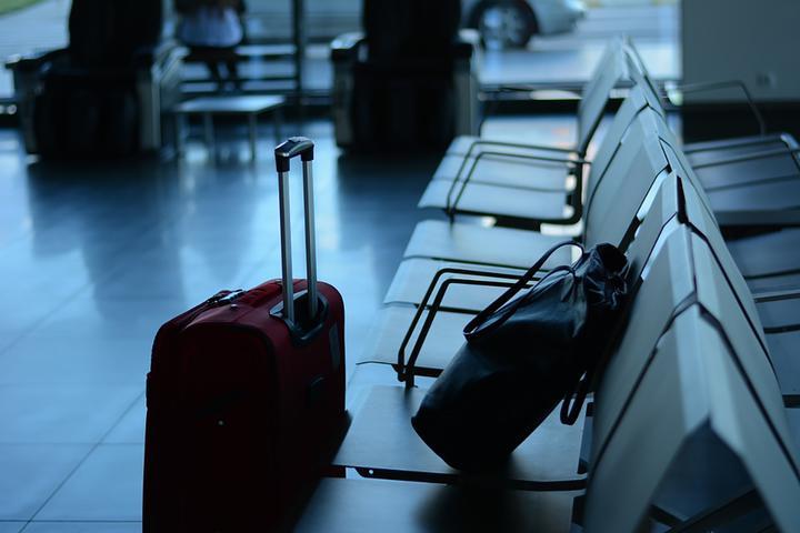 «Безрассудное и безответственное поведение». Минспорта рекомендует отказаться от поездок за границу