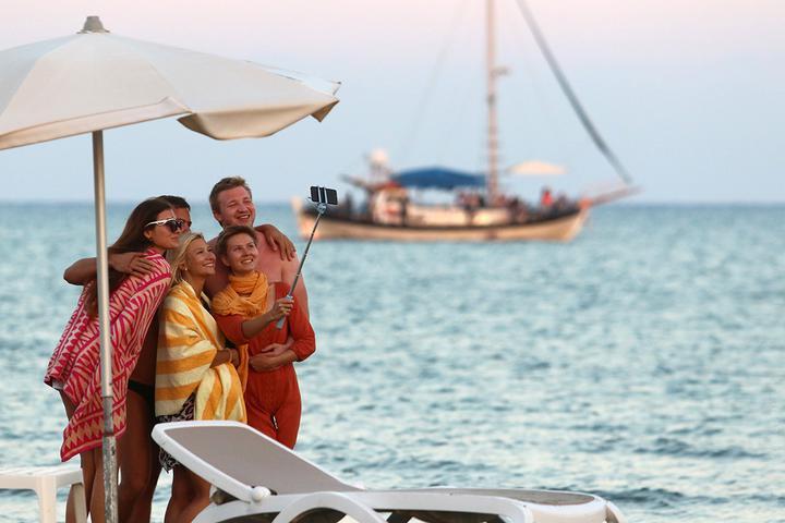 Выжидают. Как коронавирус и дорогие визы повлияли на отпускные планы брестчан
