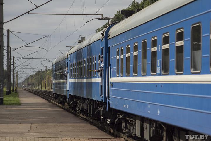 БелЖД пустит поезд, который заберет белорусов из Украины и Латвии