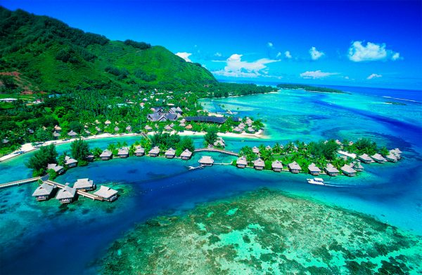 Чем привлекает многочисленных туристов Таити