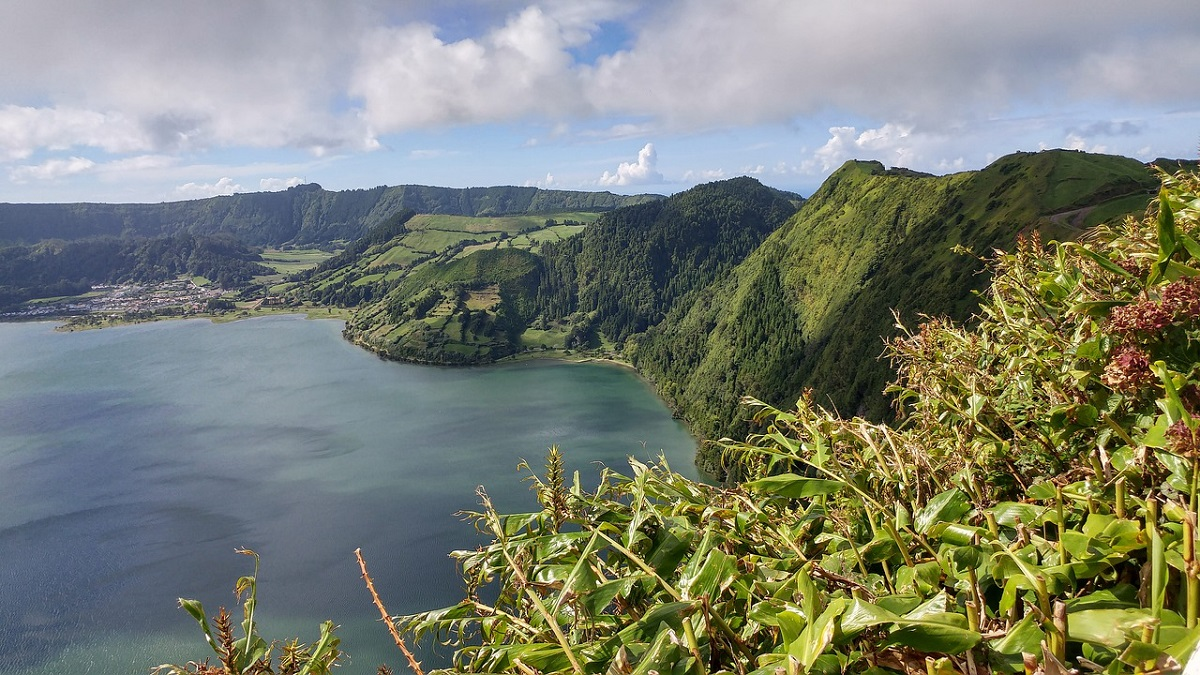 1725 км от Европы. Фотографии островов, на которых мечтают побывать туристы