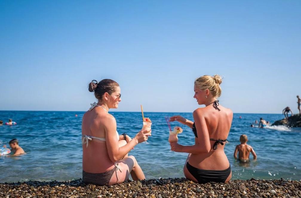 Крым отменяет все ограничения для туристов: названа дата
