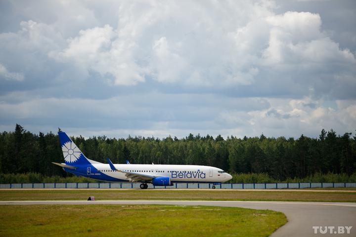 «Белавиа» разъяснила, как пассажирам отмененных из-за пандемии рейсов бесплатно обменять билеты