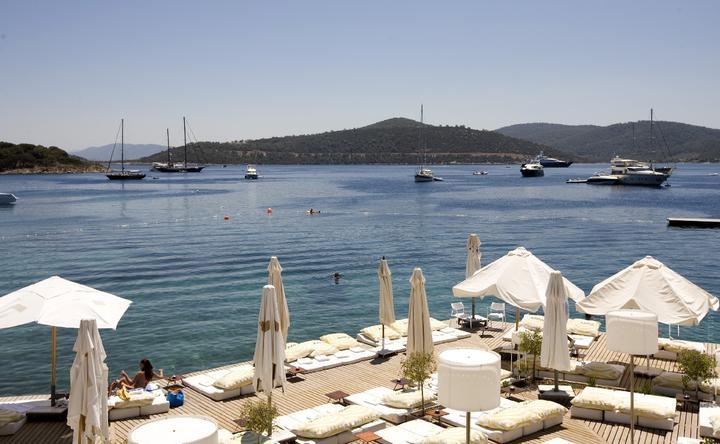 Белорусы разметают туры в Турцию и Албанию. Сколько стоит отдохнуть на курортах в эпоху COVID-19