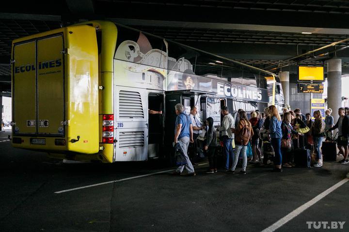 Ecolines возобновляет рейсы во Львов. Билеты разлетаются как горячие пирожки