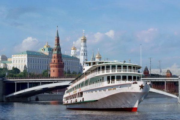 Речные экскурсионные круизы из Москвы по разным маршрутам