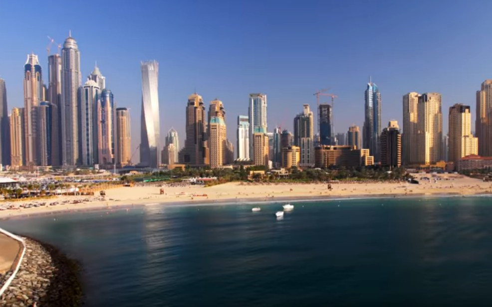 Туристы-транзитники получили возможность бесплатного проживания в Дубае