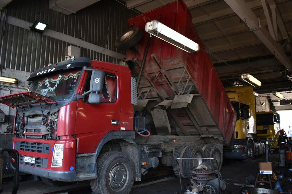 Осуществление развала-схождения на грузовом автотранспорте