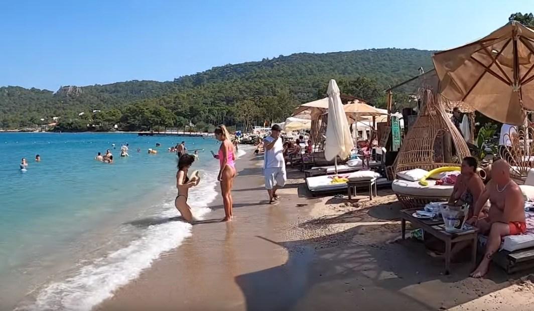 Турция подсчитала туристов за 2020 год: россияне составили 13,3%