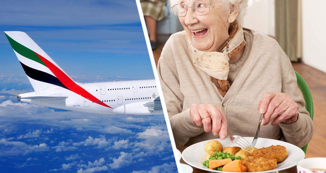 Туристка умерла на борту самолёта после съеденного обеда