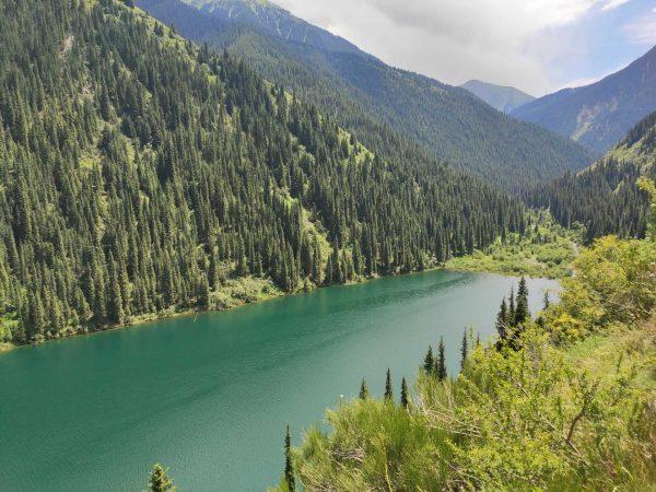 Индивидуальный тур на внедорожнике на озера Кольсай