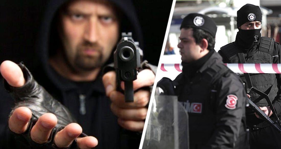 В Анталии российскую туристку ограбили вооруженные пистолетом бандиты