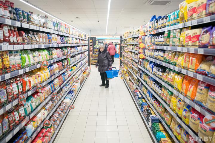 Рванули цены на курицу, свинину, картошку, сладости, пиломатериалы и туризм. Что говорят чиновники