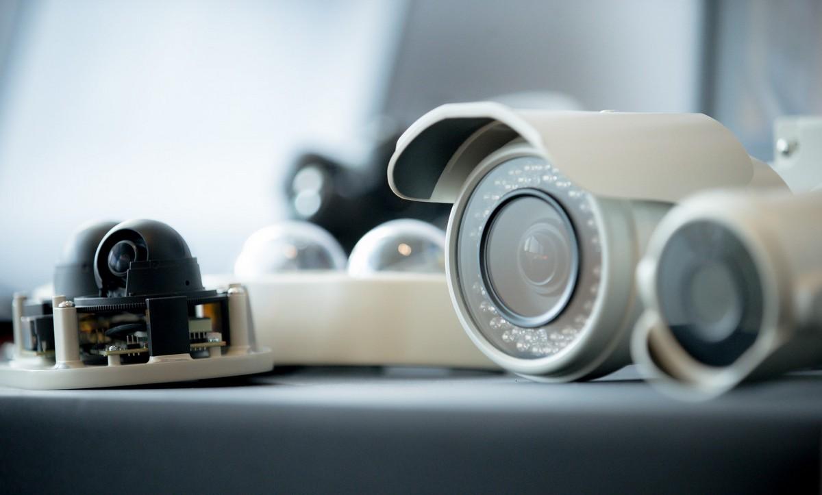 Охранная сигнализация жилья с помощью камер