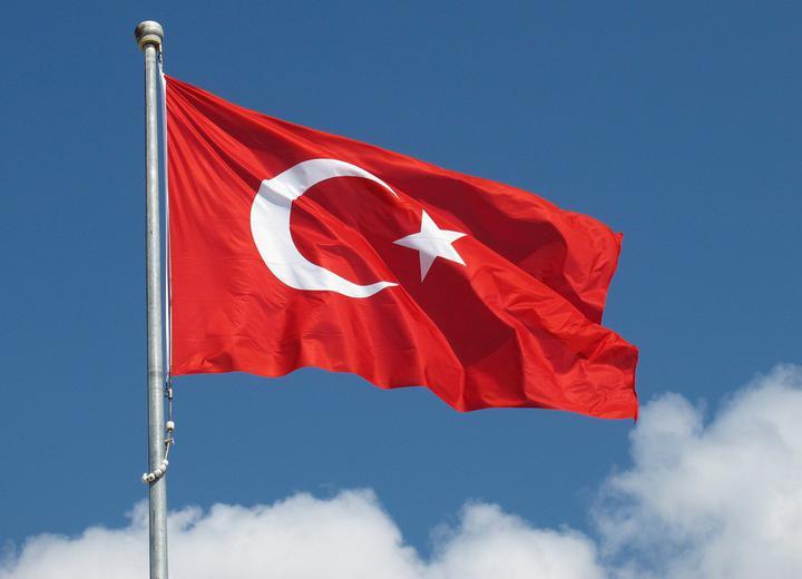 Россия отменила полеты в Турцию. Россияне полетят через нас? Снизятся цены? Спросили экспертов