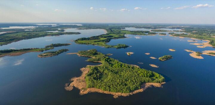 «Обсерватория» и «Тунис». Где этим летом на «Браславских озерах» туристы могут поставить палатки