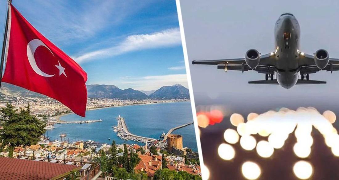 Турция ужесточила правила въезда для российских туристов: на рейсы не допустят целую категорию россиян